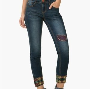 Desigual Embroidered Ankle Zip Jeans C10